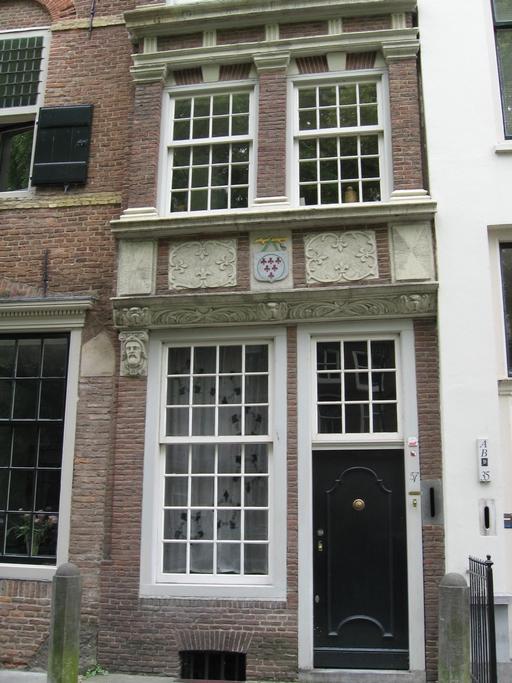 Nieuwegracht 37